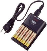 Olympus batterilader og AC adapter